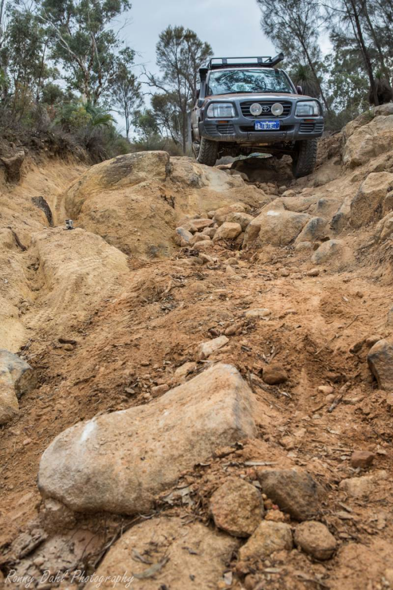105 series LandCruiser Rock Crawling.