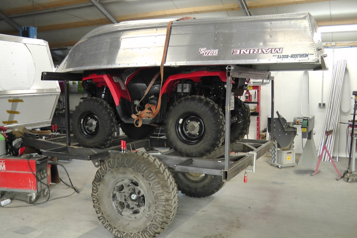 The trailer from the Toyota Custom 80 series Landcruiser.