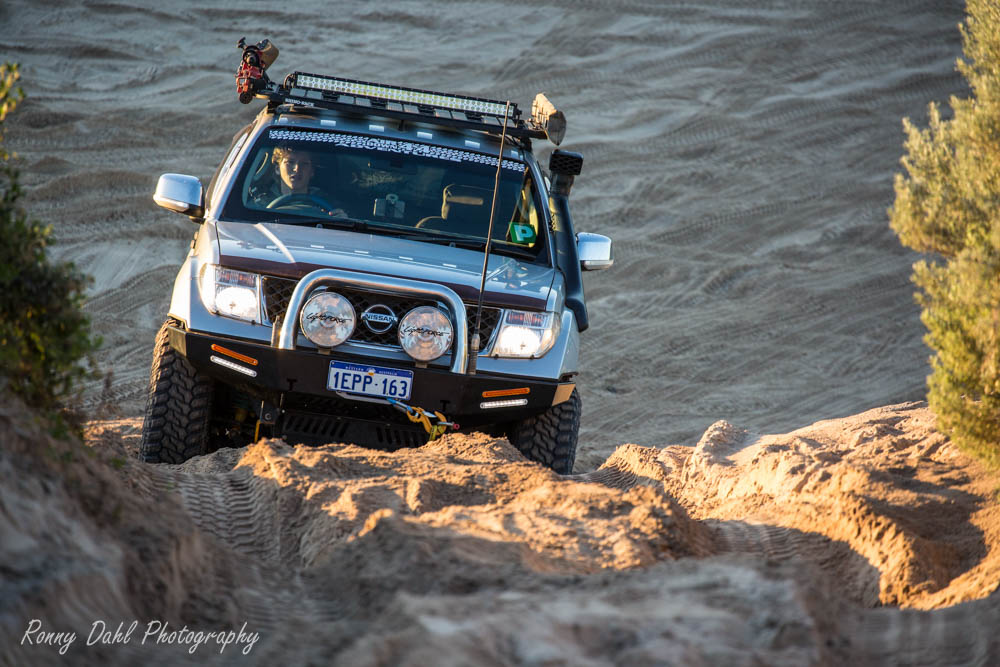 Nissan D40 Navara in the dunes.