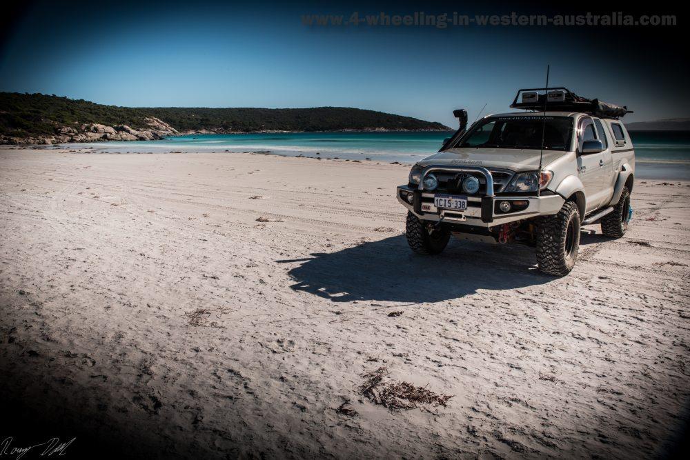 4x4 At Blossoms beach, Western Australia.