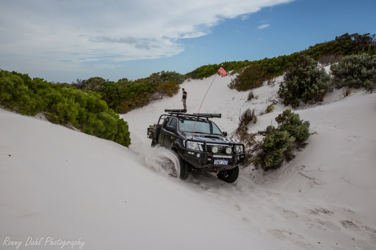 Hilux using momentum to escape Hammer Head.