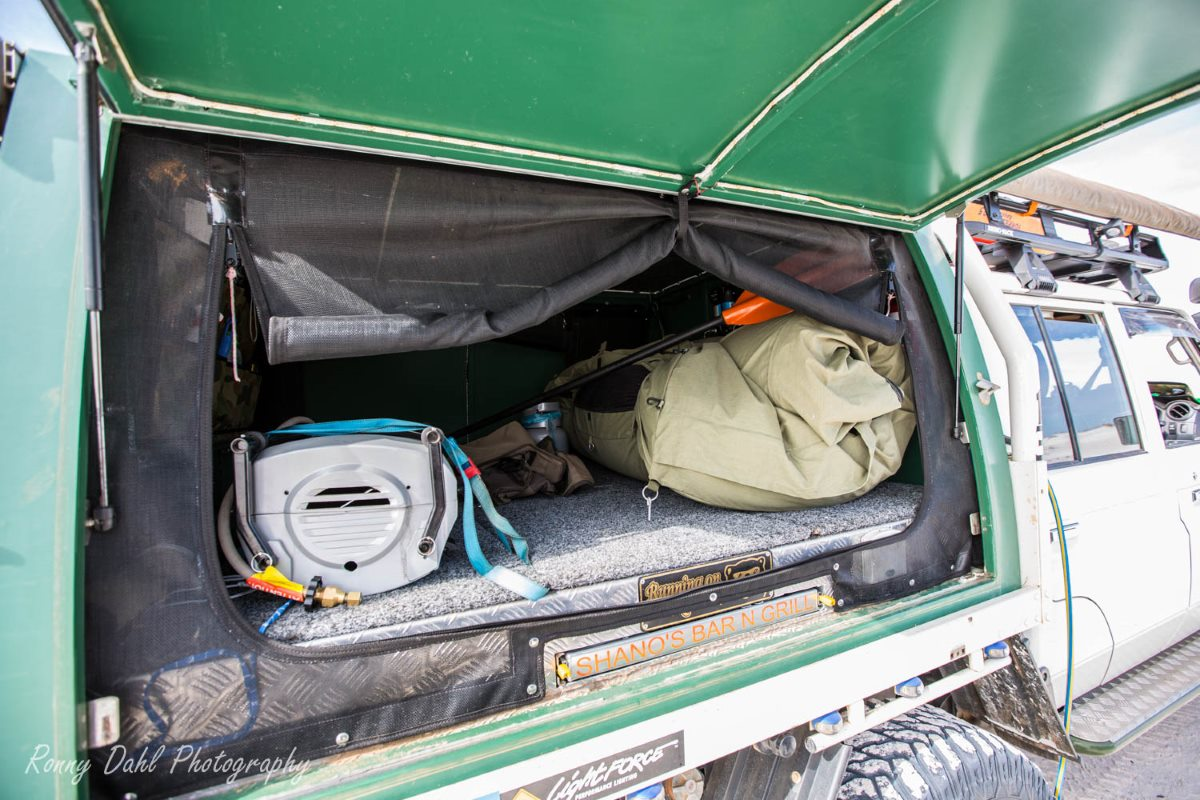 Tray set up on a 79 series Land Cruiser.