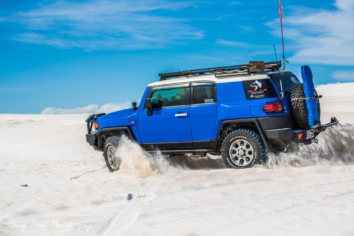 Toyota Fj Cruiser Modified Trailer Wiring In The Sand Dunes Western Australia