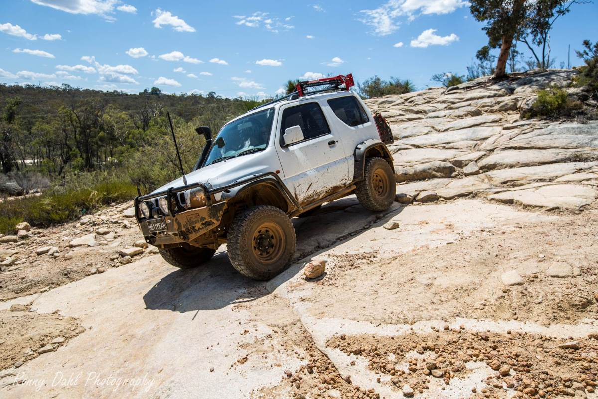 Modified Suzuki Sierra Jimny 2010,  On the track.