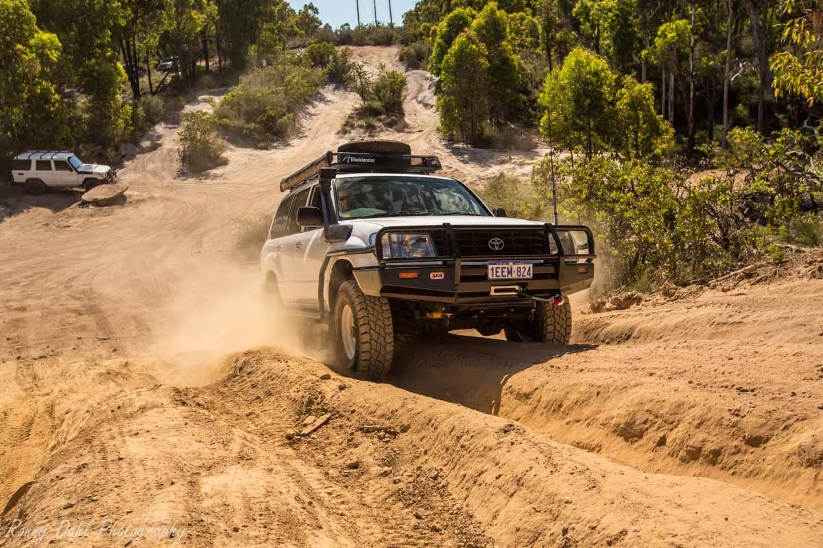 A Toyota @ The Power Line Track WA _R2A9549