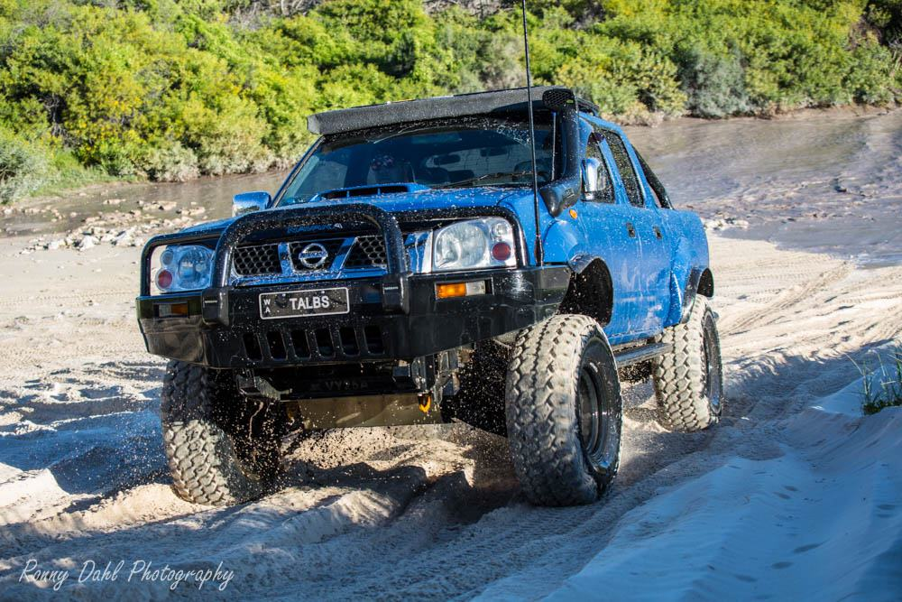 Snake Racing Led Light Bars Nissan navara d22 modified nissan navara d22 audiocablefo