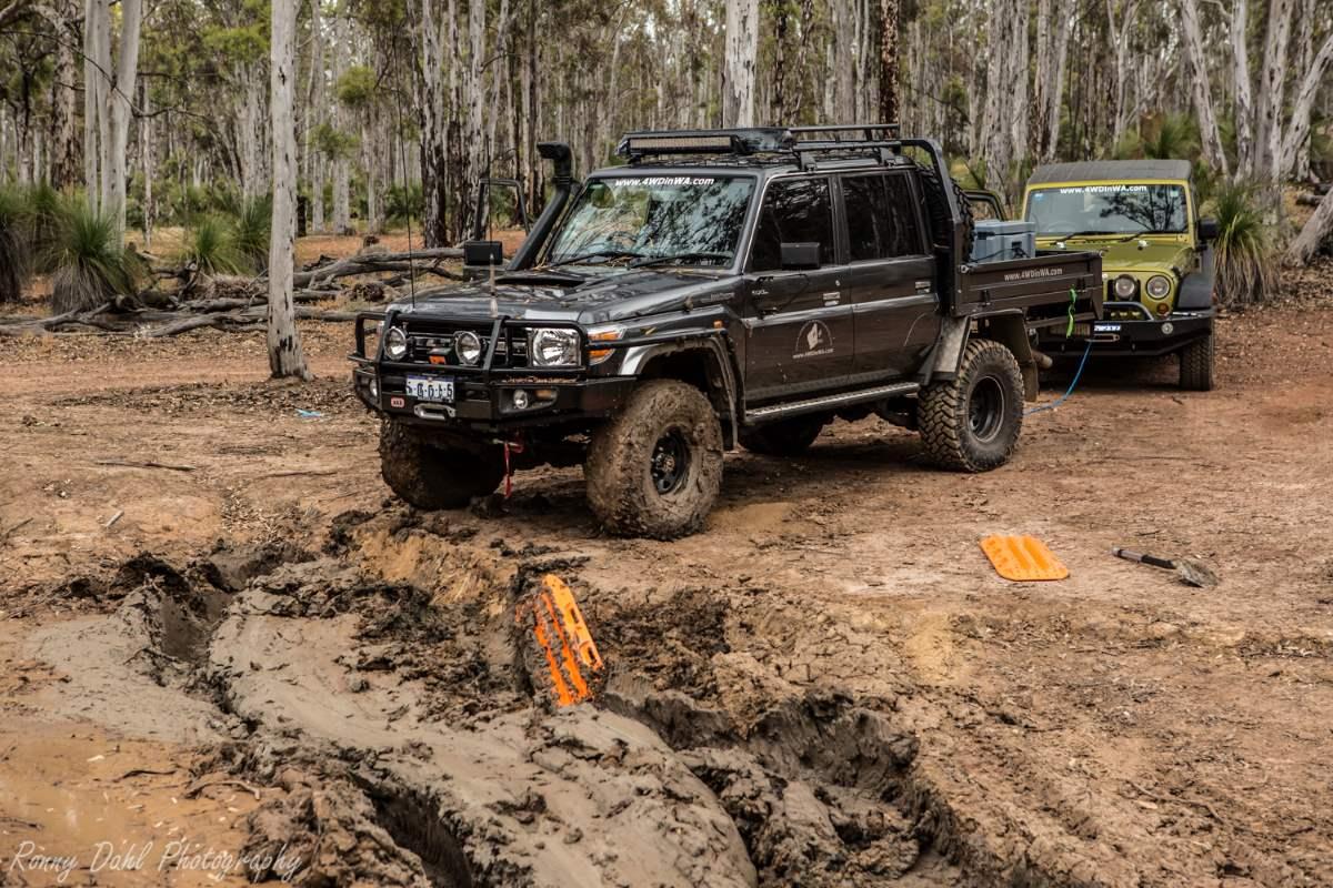 79 Series Toyota Land Cruiser in mud.