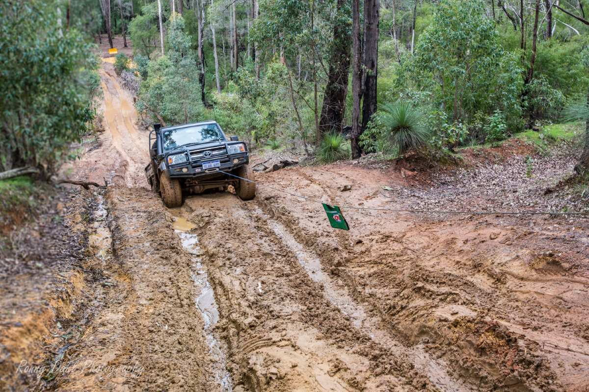 Land Cruiser winching.