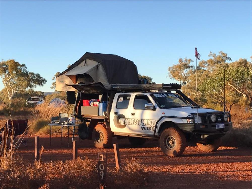 Nissan Navara D22 – Outlaw Edition, set up for camping.