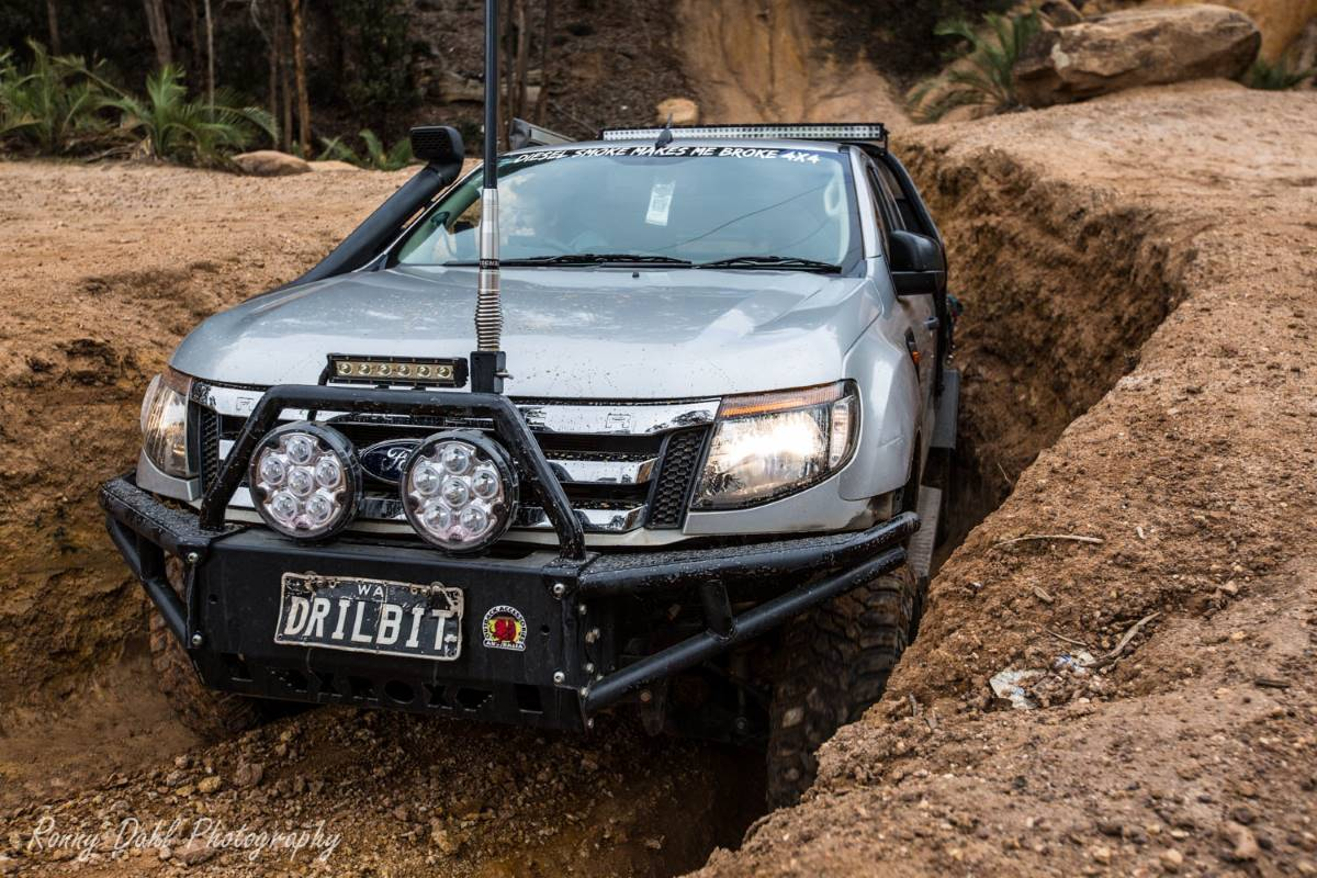Ford Ranger PX, modified. On the Powerline track in Perth.