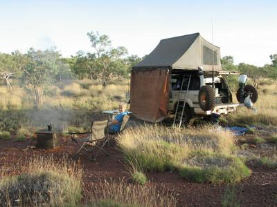 Cruiser camping in the Pilbara.
