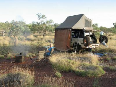 Cruiser camping in the Pilbara.