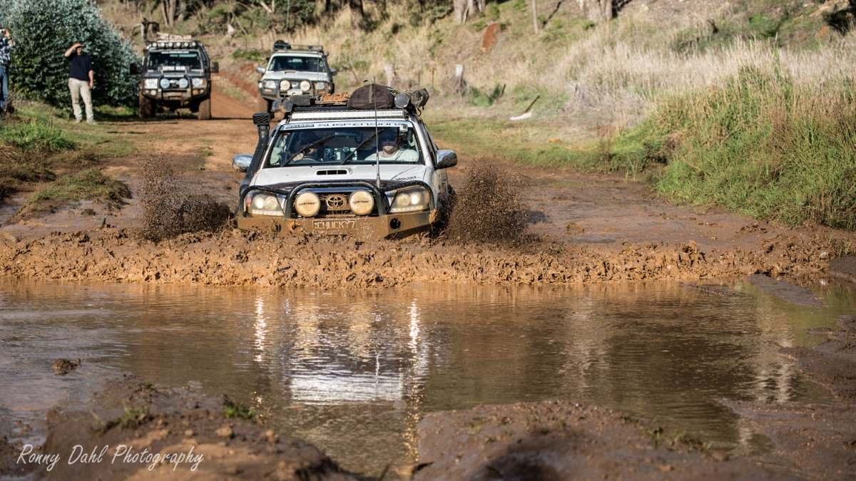 Hilux in the mud.