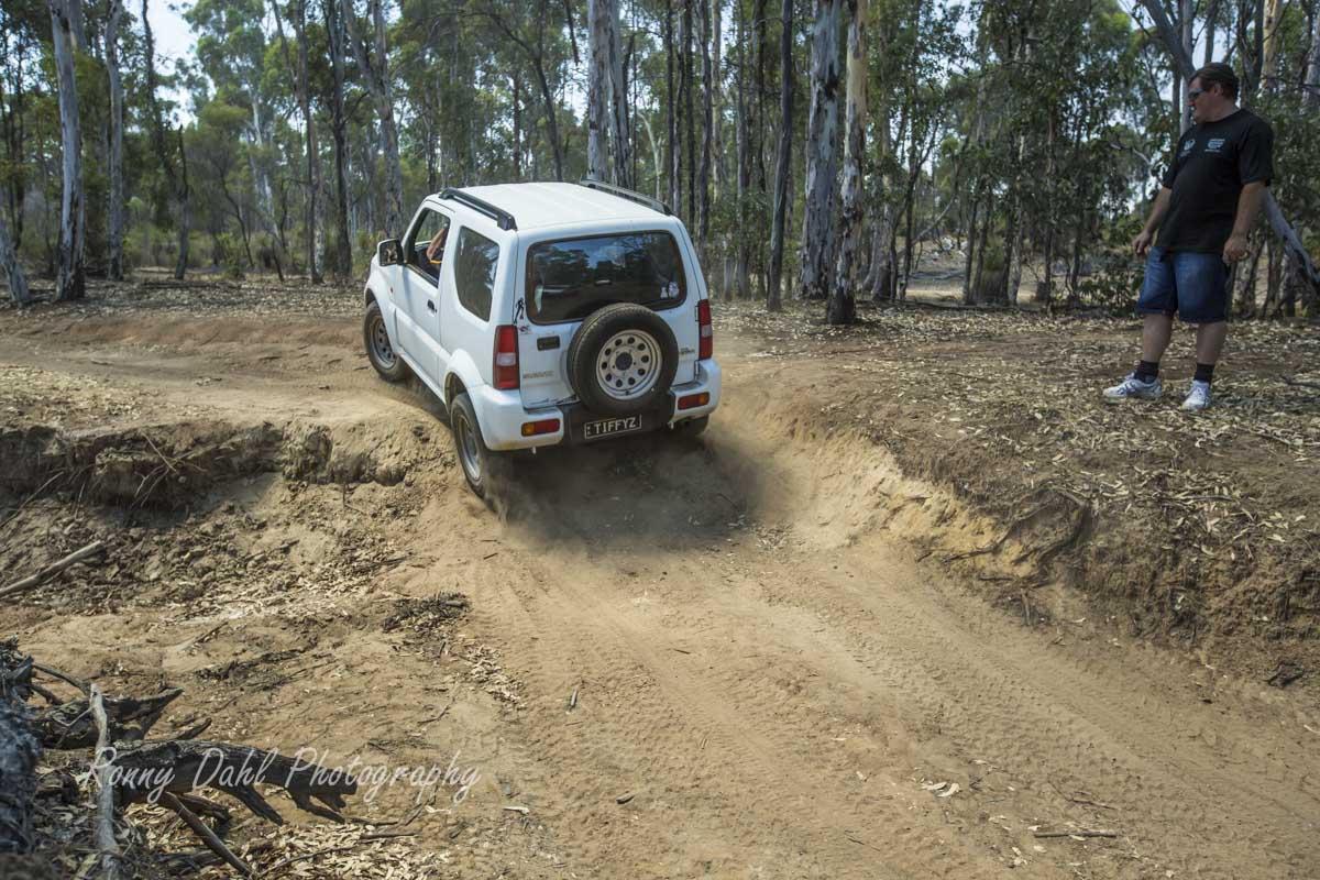 Suzuki 4 Wheeling