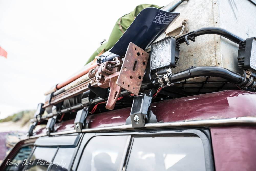 The Mitsubishi Pajero NJ, roof rack.