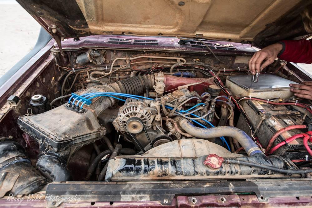 The engine in the Mitsubishi Pajero NJ.