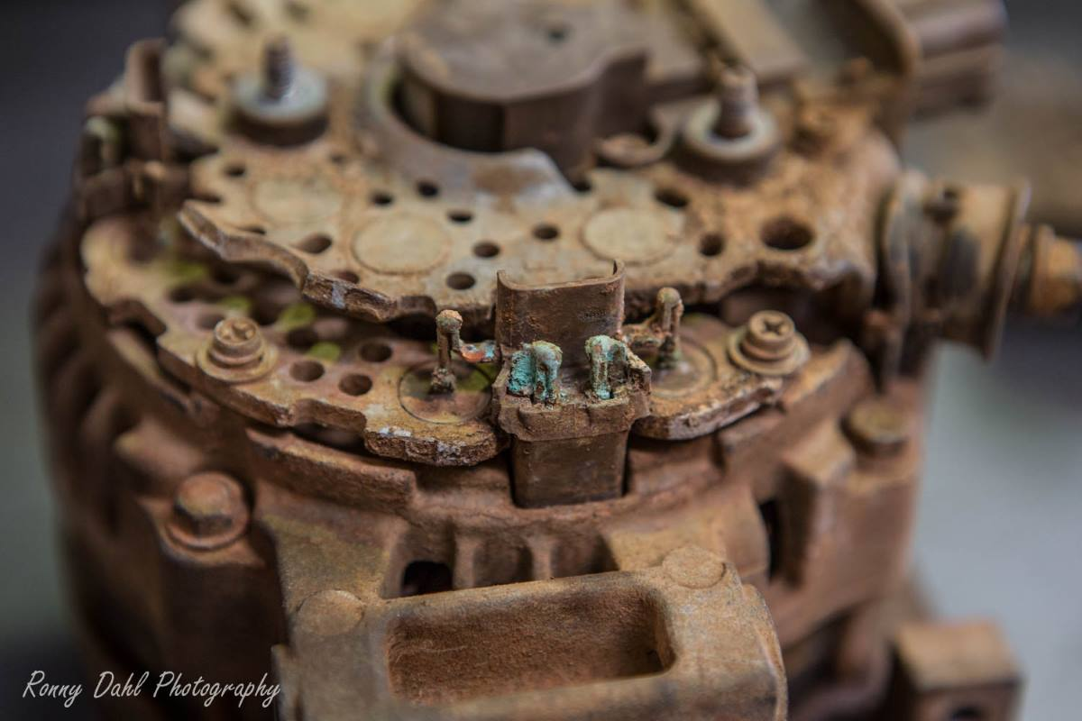 An alternator from a 79 series Landcruiser after a mud bath.