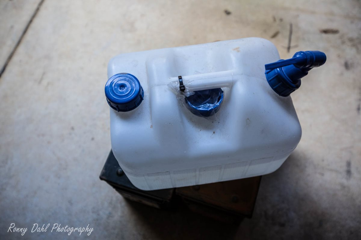 10L Water container.