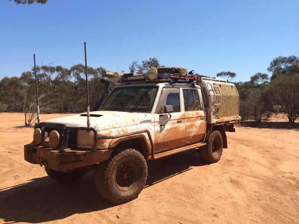 79 Series Landcruiser on track.