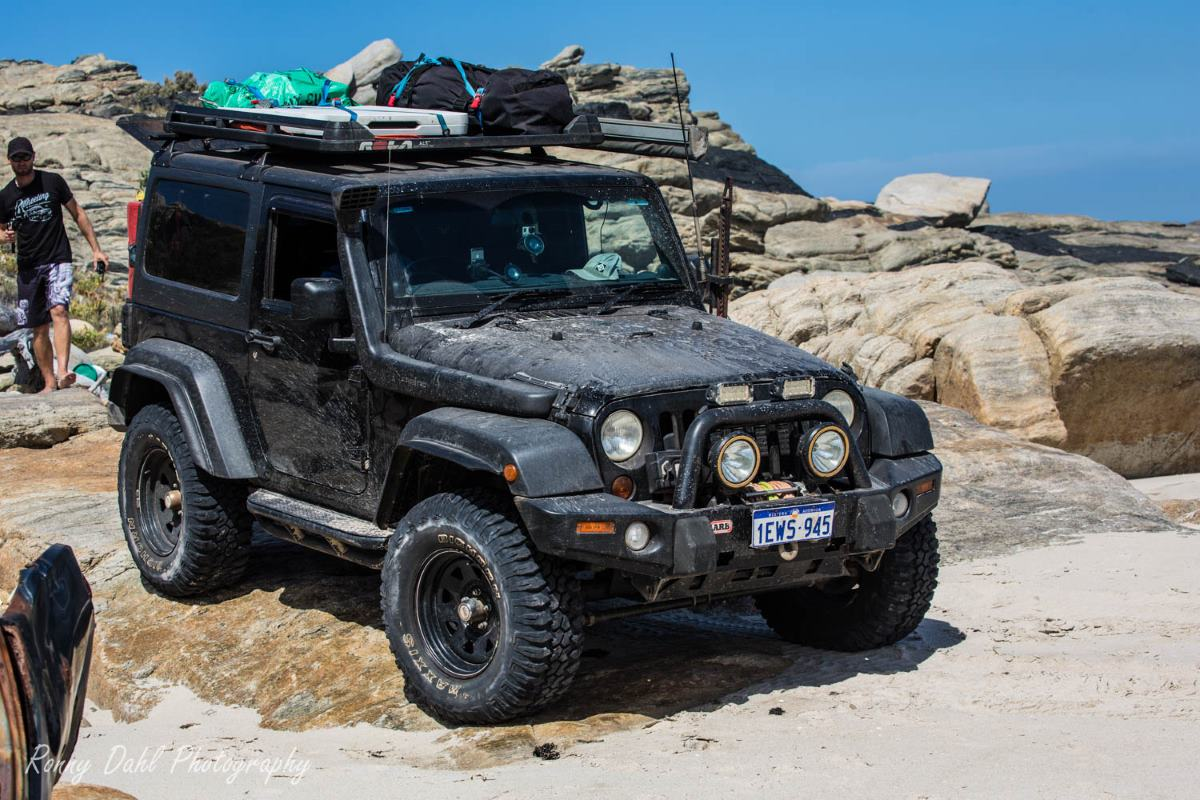 Jeep Wrangler JK SWB on the beach.