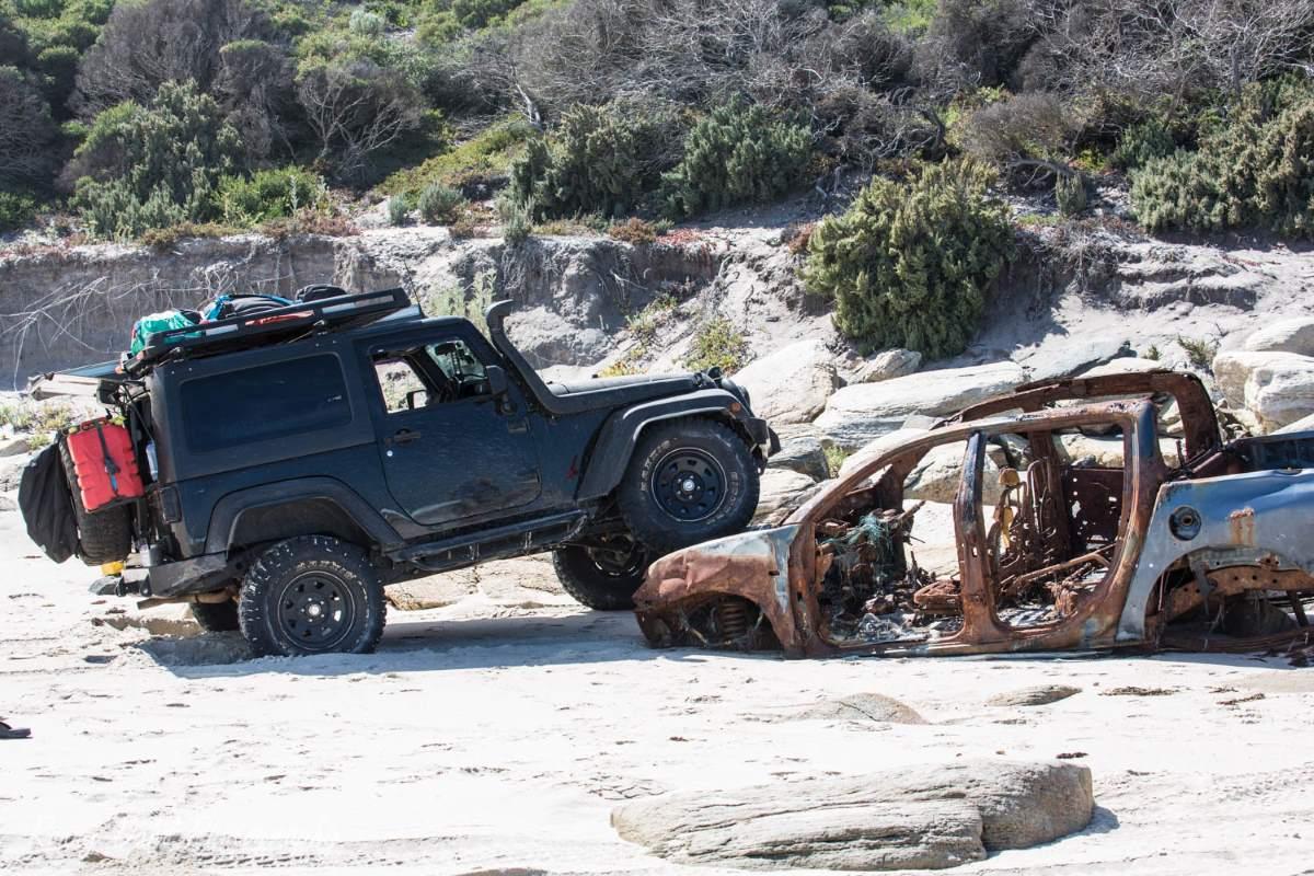 Jeep JK Wrangler doing some flexing.