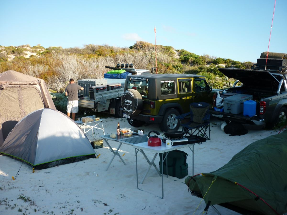 4WD camp.