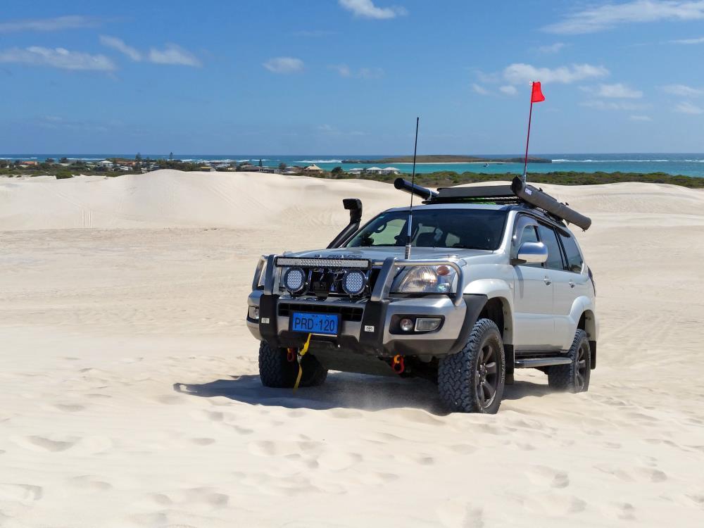 Toyota Prado 120 Grande.